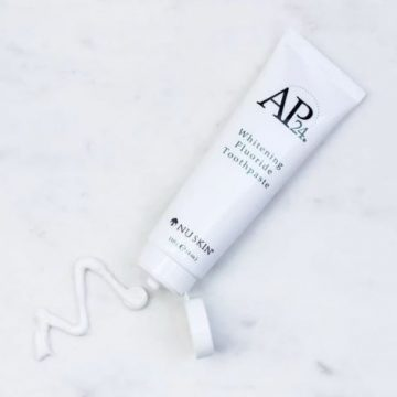 Nu Skin AP-24 Whitening Fluoride Toothpaste Review